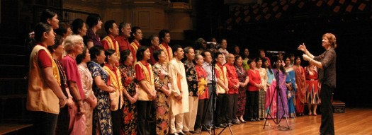 cropped-janet-and-choir-2007.jpg